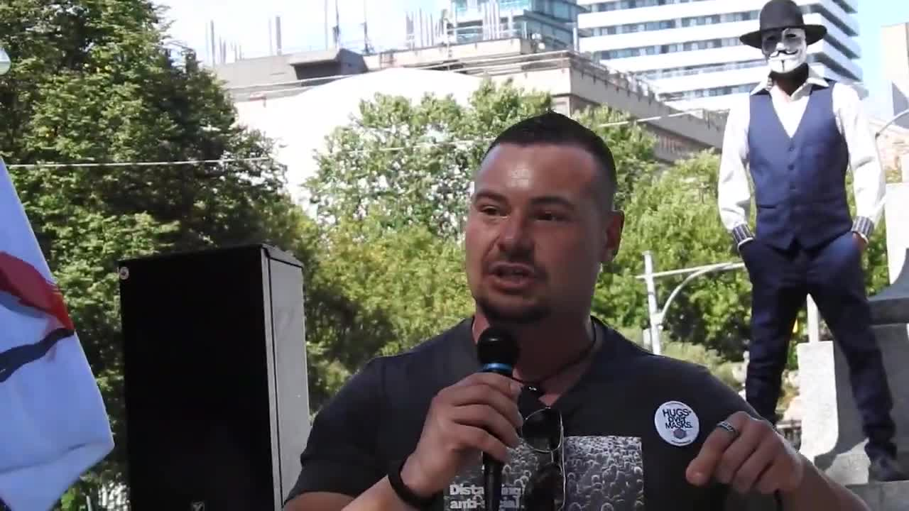 Cullen McDonald from Hugs Over Masks speaks at Sept 19, 2020 Toronto Freedom Rally