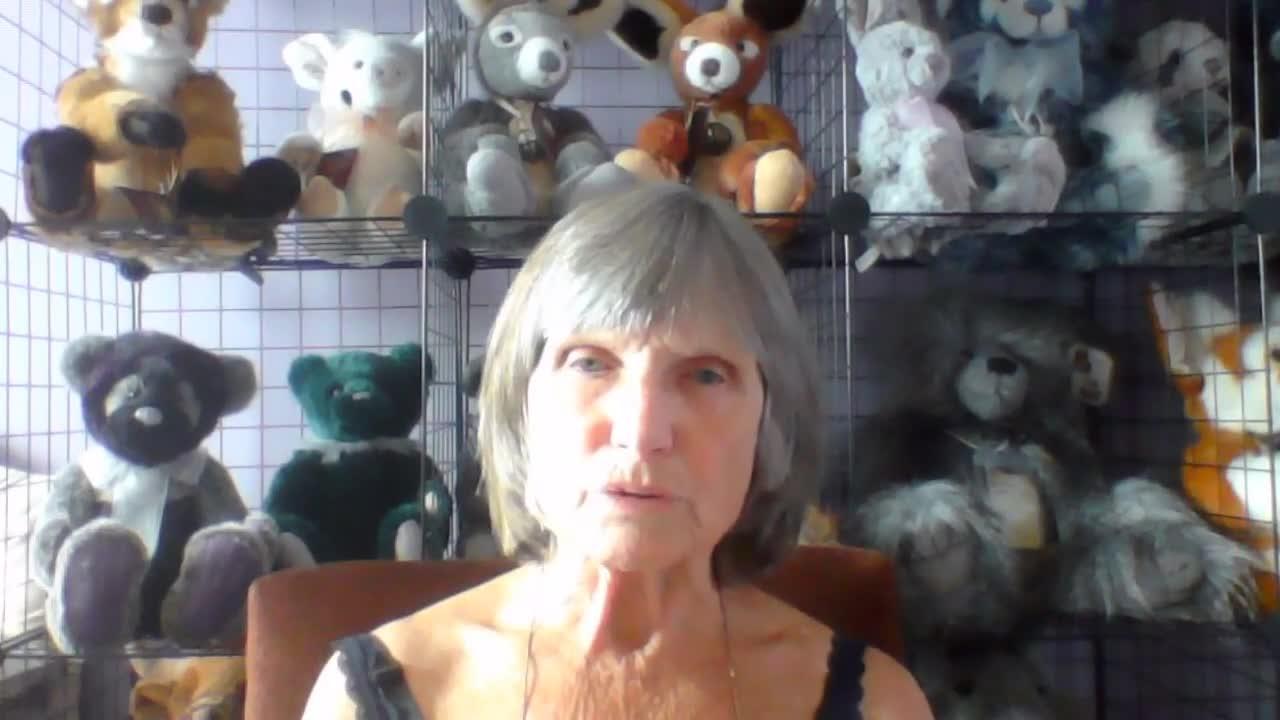 Madge, 74, Widow, Cornwall, 24th Sept 2020