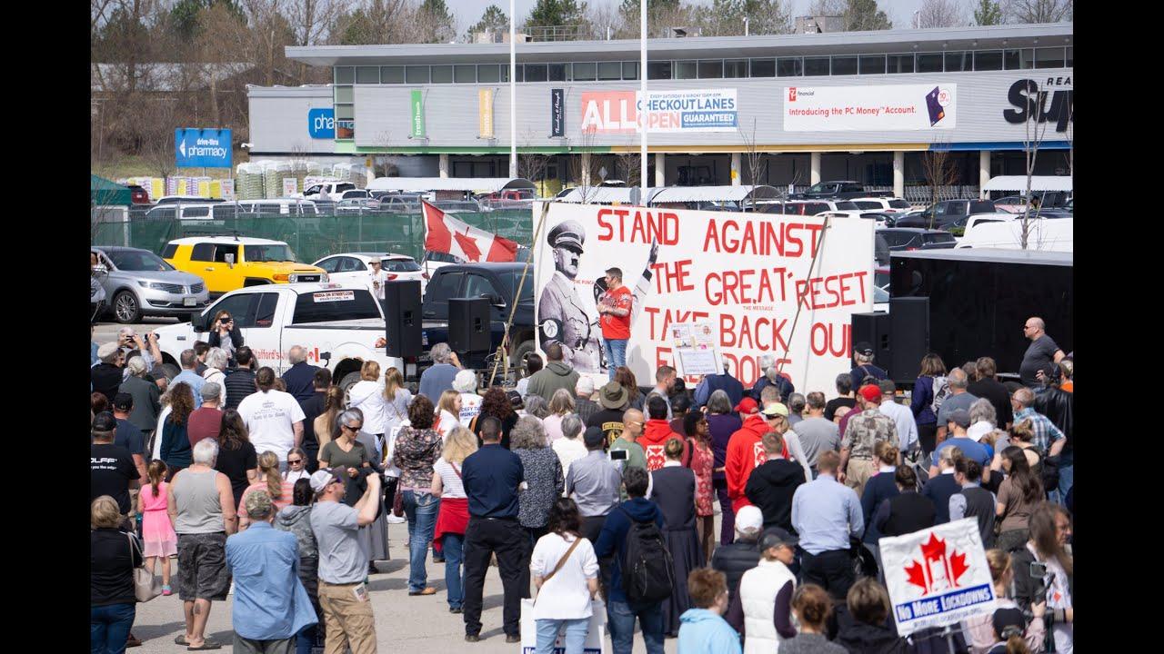 Randy Hillier at No More Lockdowns protest in Simcoe, Ontario #NoMoreLockdowns #RandyHillier