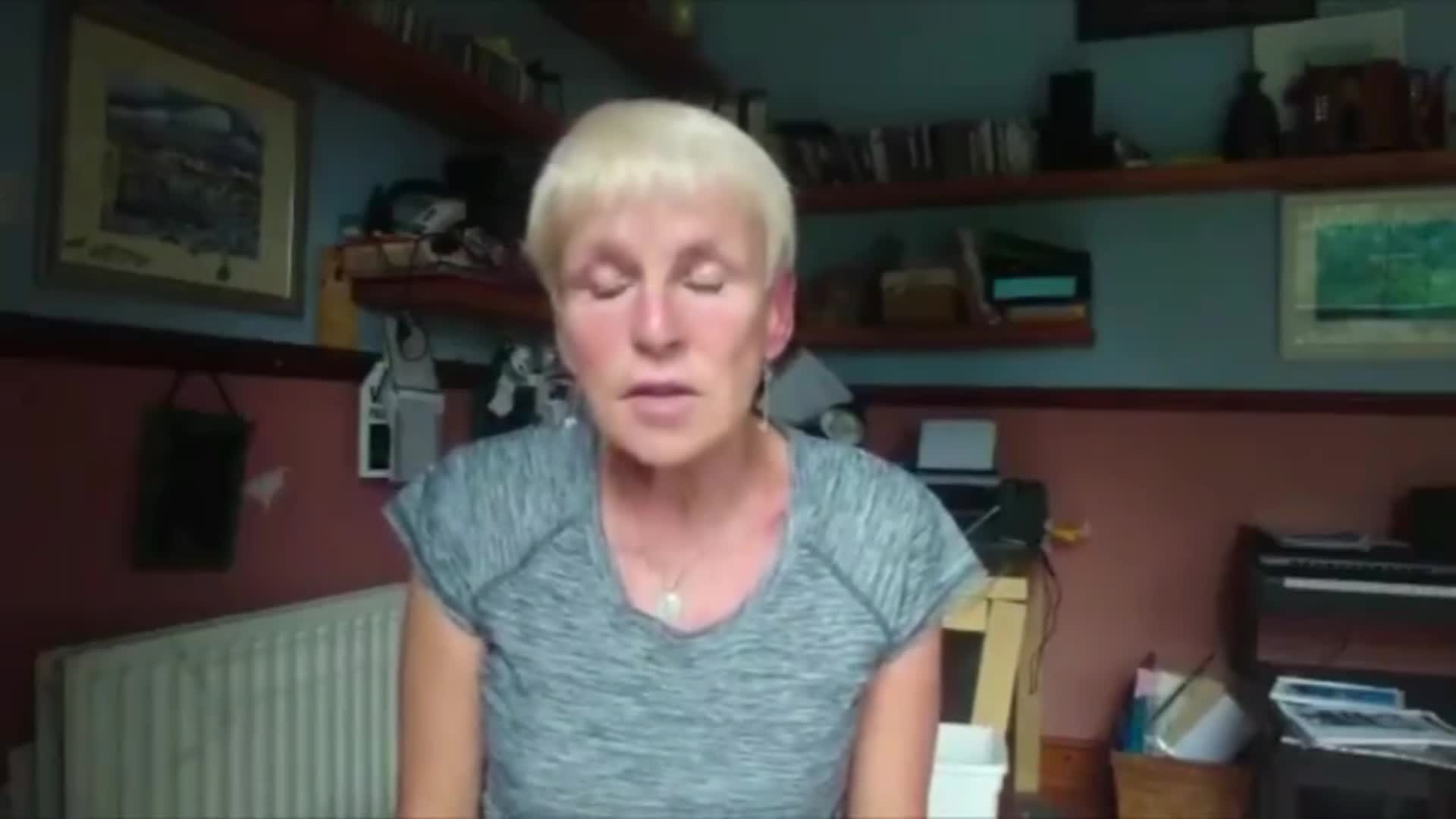Doctor Tells Truth About Covid-19 Vaccines
